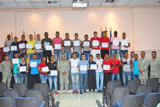 28 Infantes de Marina terminan su servicio militar