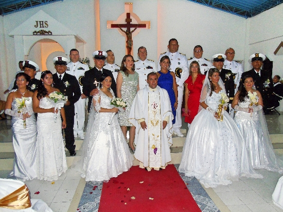Matrimonio colectivo de cinco parejas en Tumaco, Nariño