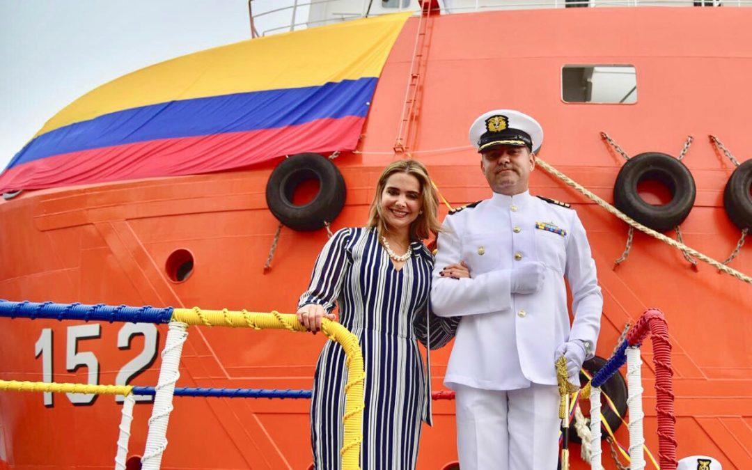 """María José Cure, la Madrina del buque ARC """"Caribe"""""""