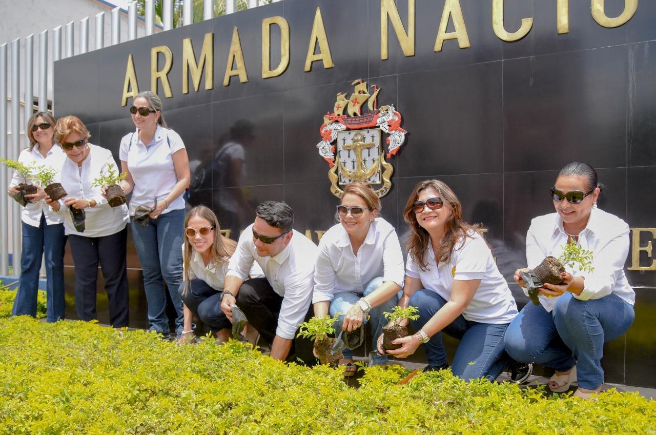 Acción social Naval visita Vichada