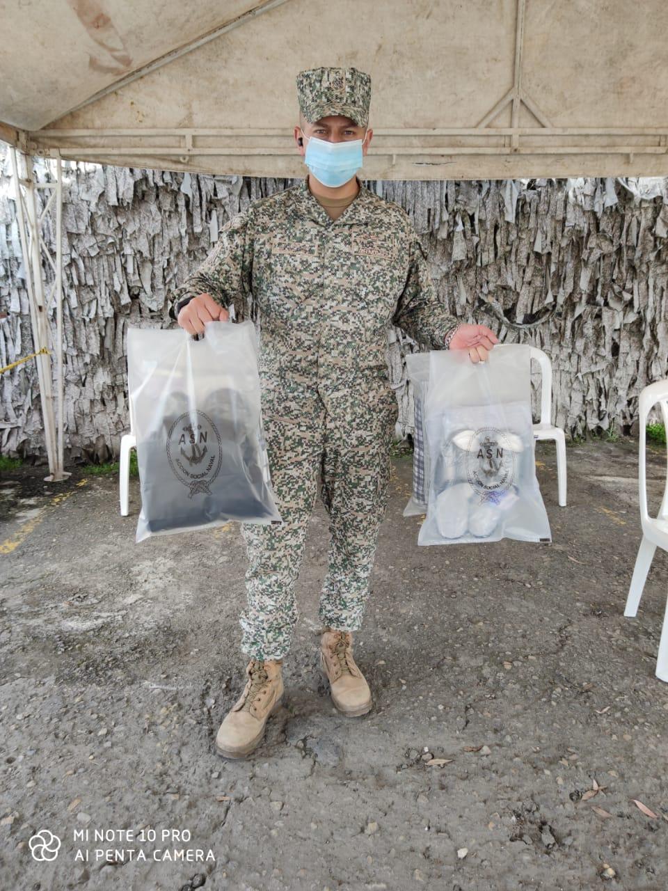 Apoyo al Suboficial e Infantes heridos en ataque a las tropas